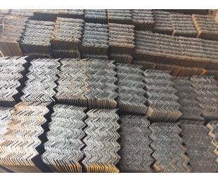 亚博国际娱乐平台_会都钢铁供应角钢