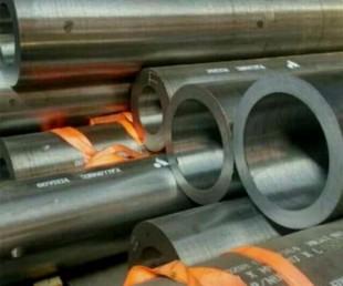 厂家直销1Cr5Mo合金管 聊城合金钢管 精密合金管 现货供应 质量保证