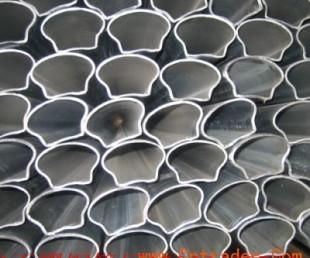 镀锌带异型管厂【护栏面包管生产厂家|】