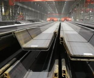 河北津西鋼鐵日標SY390熱軋拉森IVw型鋼板樁6號樁圖片