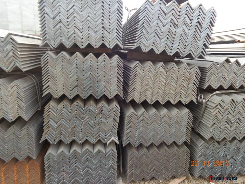 现货供应30-200等边角钢、不等边角钢、角钢