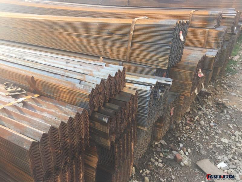 亚博国际娱乐平台_昆明角钢价格 昆明等边角钢价格