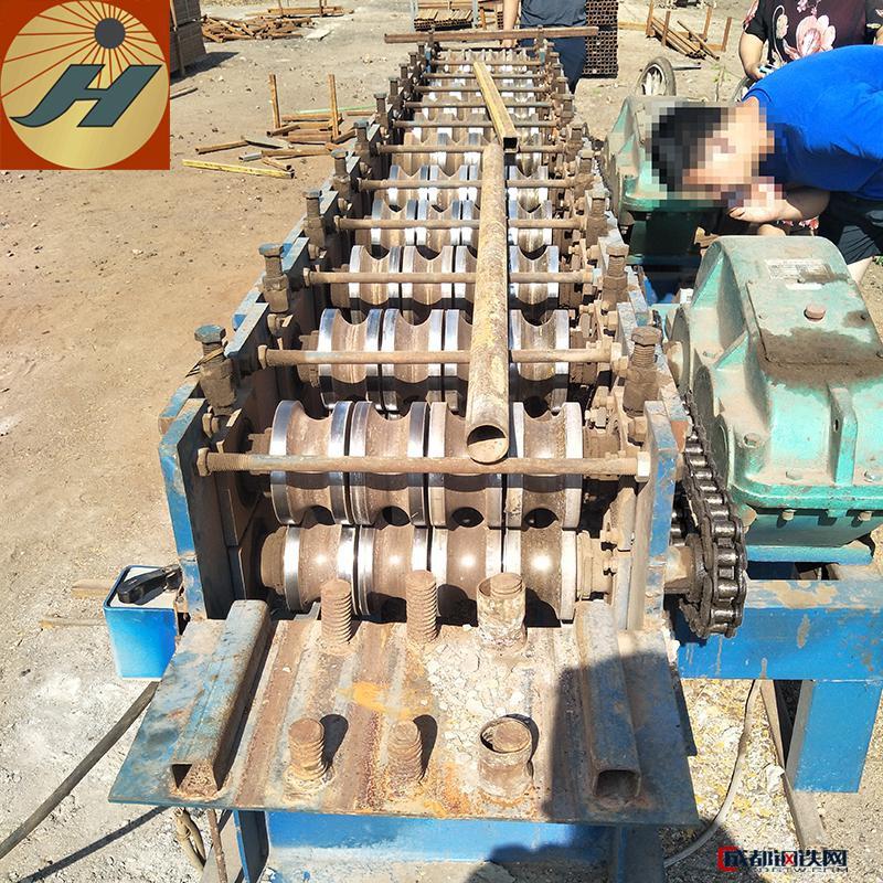 废旧48钢管变方管机 圆管压方管机 椭圆管改压方管机 方管成型机
