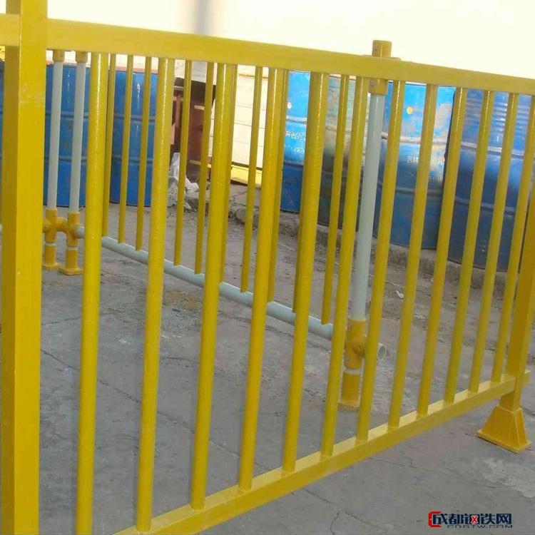 亚虎国际pt客户端_聚石 玻璃钢标志桩 玻璃钢桥架 玻璃钢角钢 玻璃钢围栏 玻璃钢方钢