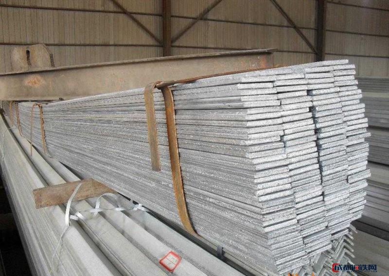 金亚钢材贸易  镀锌扁钢     厂家批发  量大从优