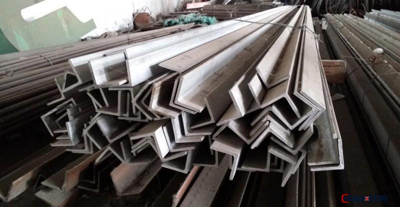 直销马钢国标角钢 4#热轧角钢 Q235优质角钢 镀锌角钢