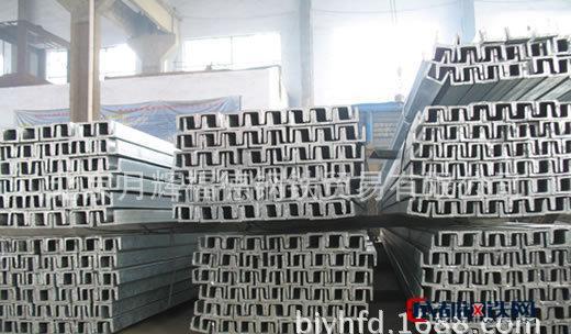 厂家代理镀锌槽钢 北京钢材批发 零售镀锌角钢 幕墙用工字钢
