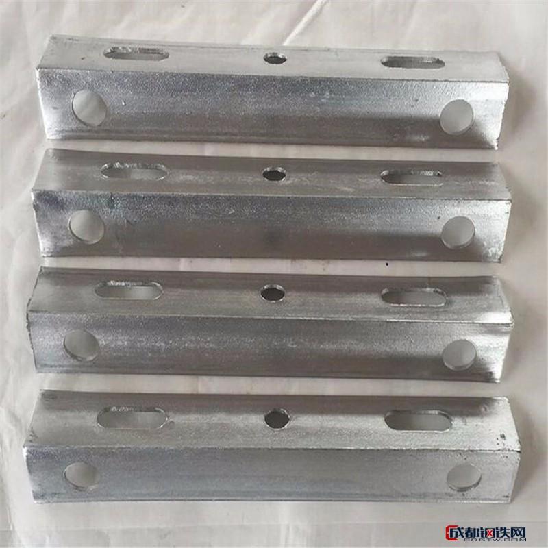 亚博国际娱乐平台_广西河池光缆金具厂家  热镀锌角钢横担
