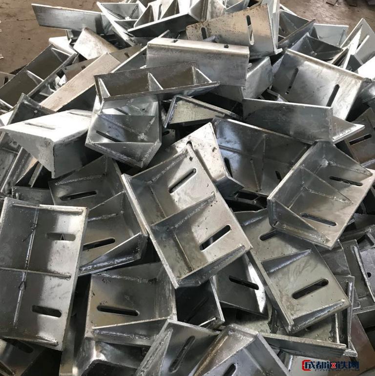 亚虎娱乐_【发宝机械】 预热镀锌预埋钢板 槽式预埋件 镀锌角钢