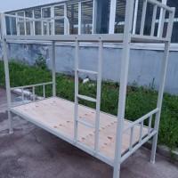 廠家直供學生上下鐵床,雙層鐵床,學生公寓床,定制鐵床,工地用床圖片