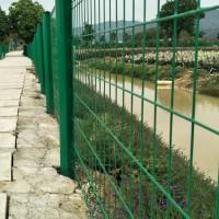 广东江门桃型柱护栏厂家,三角折弯围网价格,公园围栏,厂区隔离网