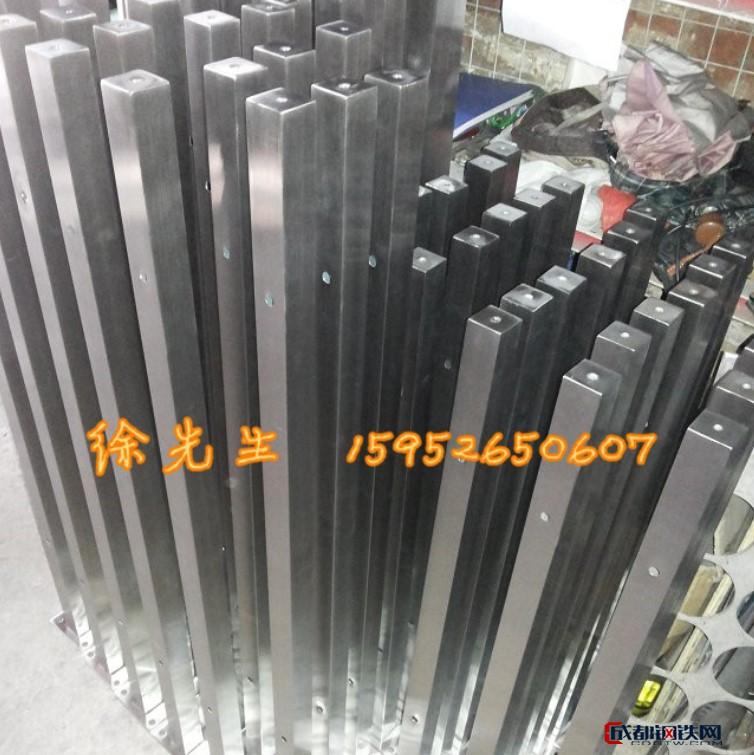 38/50不锈钢方管立柱 空心扁管双夹栏杆立柱 挂玻璃栏杆
