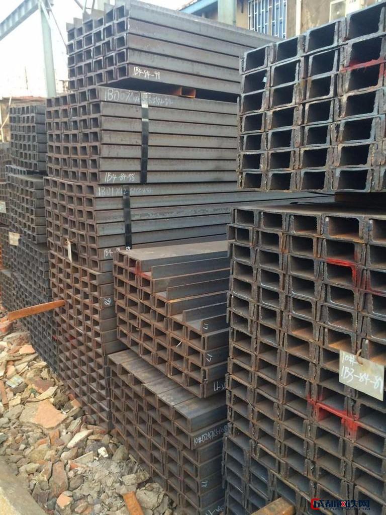 优质角钢 镀锌角钢 槽钢镀锌槽钢 角钢厂家