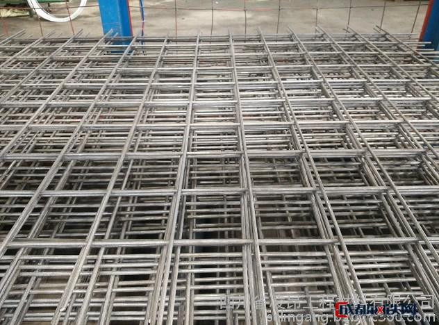 成都钢筋焊接网、钢筋焊网、钢筋网片、成都建筑钢筋网、成都桥梁钢筋网、冷轧带肋钢筋网图片