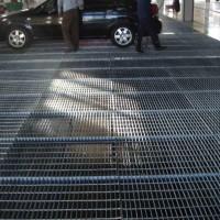广州热镀浸锌齿形异型电厂轮船楼梯踏步平台钢格板
