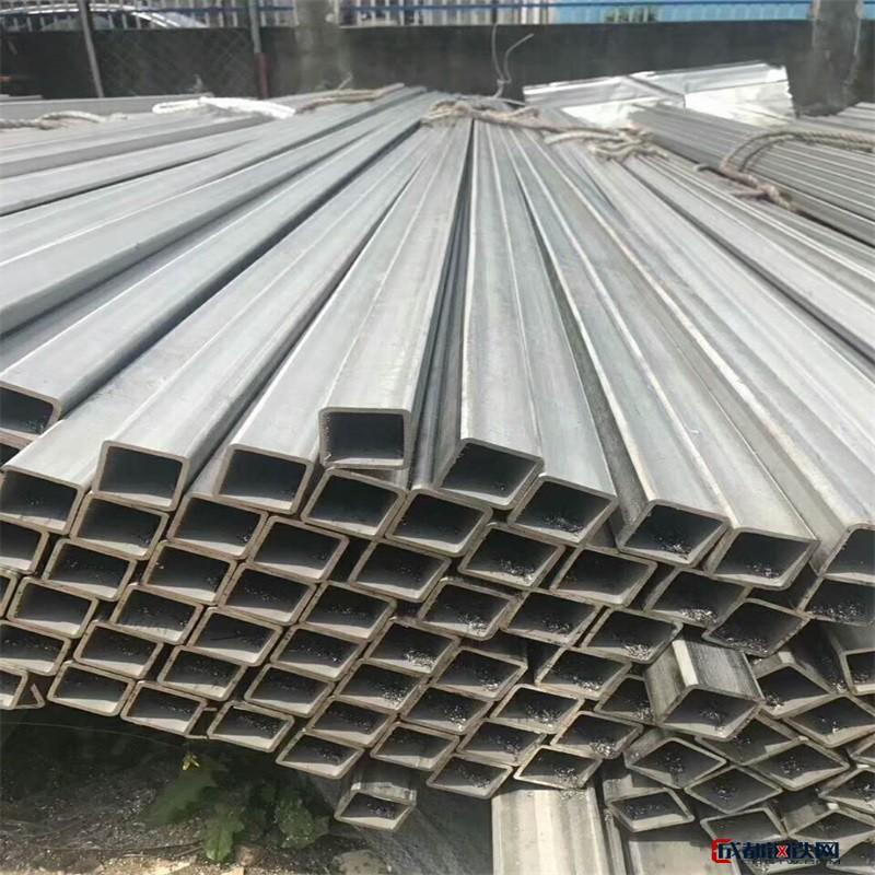 304不锈钢方管 不锈钢无缝方管厂家现货 矩形管 异型管表面拉丝抛光 材质、规格齐全