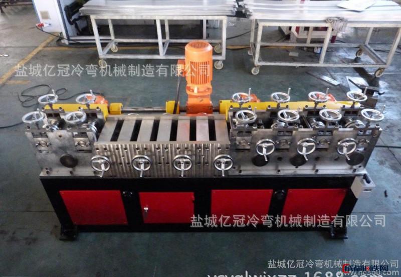 首创国内精密高速方管校直机、辊压机、冷弯成型机、冷轧机