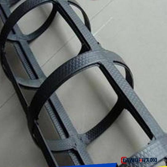 出售高强土工格栅 钢塑复合土工格栅 路基加固土工格栅