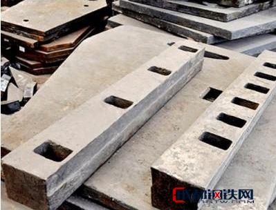 【海峰铸造】生产 锰钢衬板 耐磨衬板厂家 耐磨衬板批发 耐磨衬板