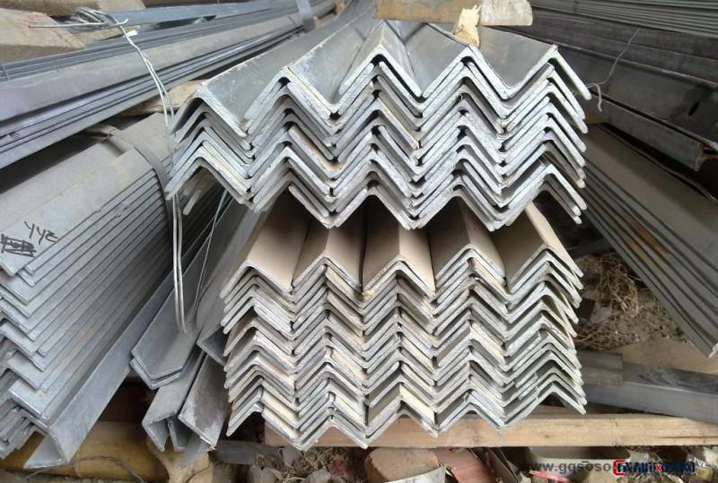 嘉峪关国标角钢|镀锌角钢|镀锌角铁|热镀锌角钢现货价格 规格齐全天津镀锌角钢厂