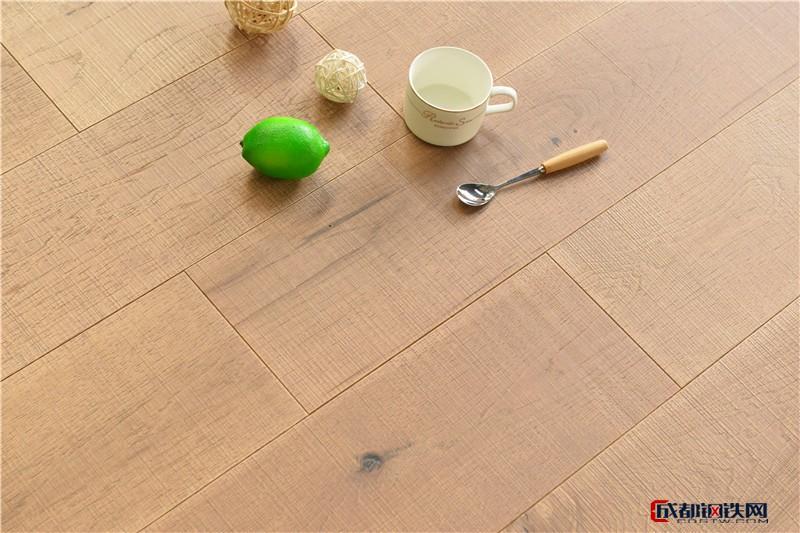 美国山核桃实木多层复合地板