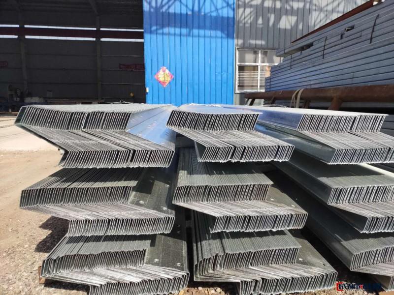 天津鸿鼎生产销售加工 Z型钢镀锌Z型钢檩条