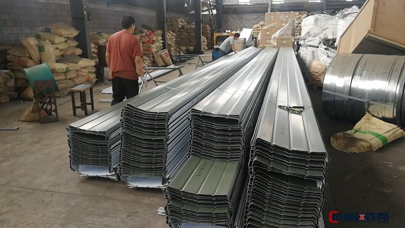 厂家直供铝镁锰板