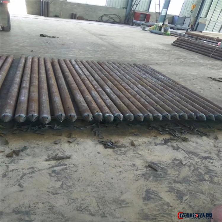管棚管 地质管 广东佛山钢花管厂家 土钉钢花管图片